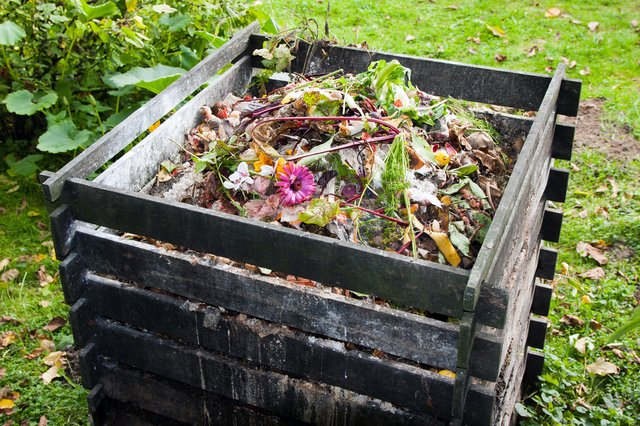 <p>How to use compost bins and tumblers to make your own compost </p>