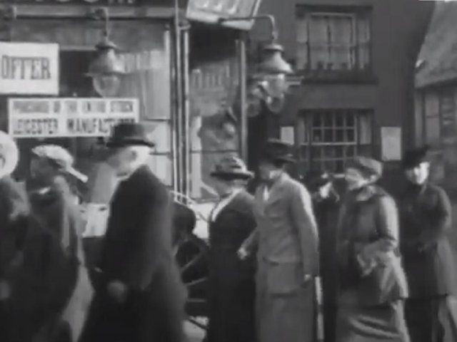 A screenshot of the brilliant British Pathe footage from 1921