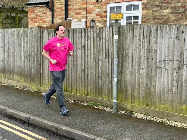 Buckingham MP Greg Smith is hoping to get a perfect 10 out of 10 as he takes on a challenge to raise vital funds for Brain Tumour Research.