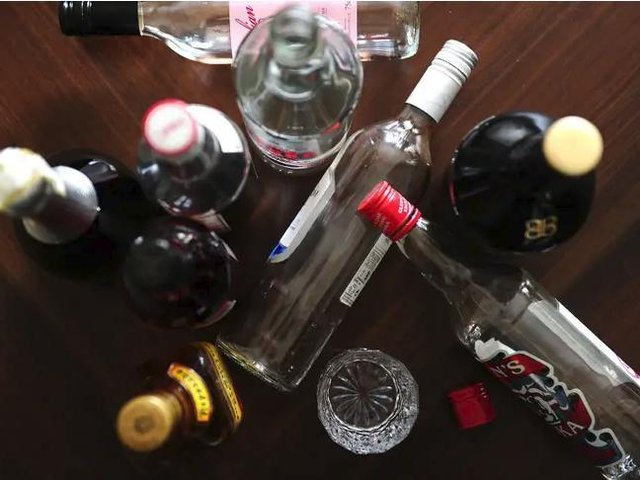 More than 20 drug and alcohol deaths were recorded by the coroner for Buckinghamshire last year, new figures show.