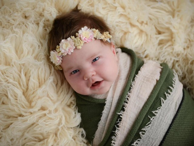 Baby Eloise weight 12lb 0.5oz. Photo: Kelly Bond Photography