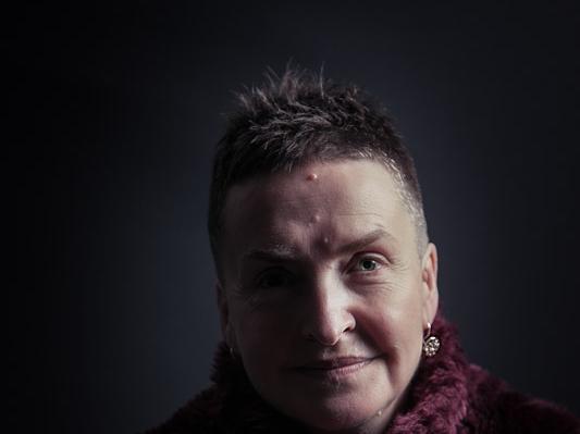 Catherine Fox photo by Gary Hibbert